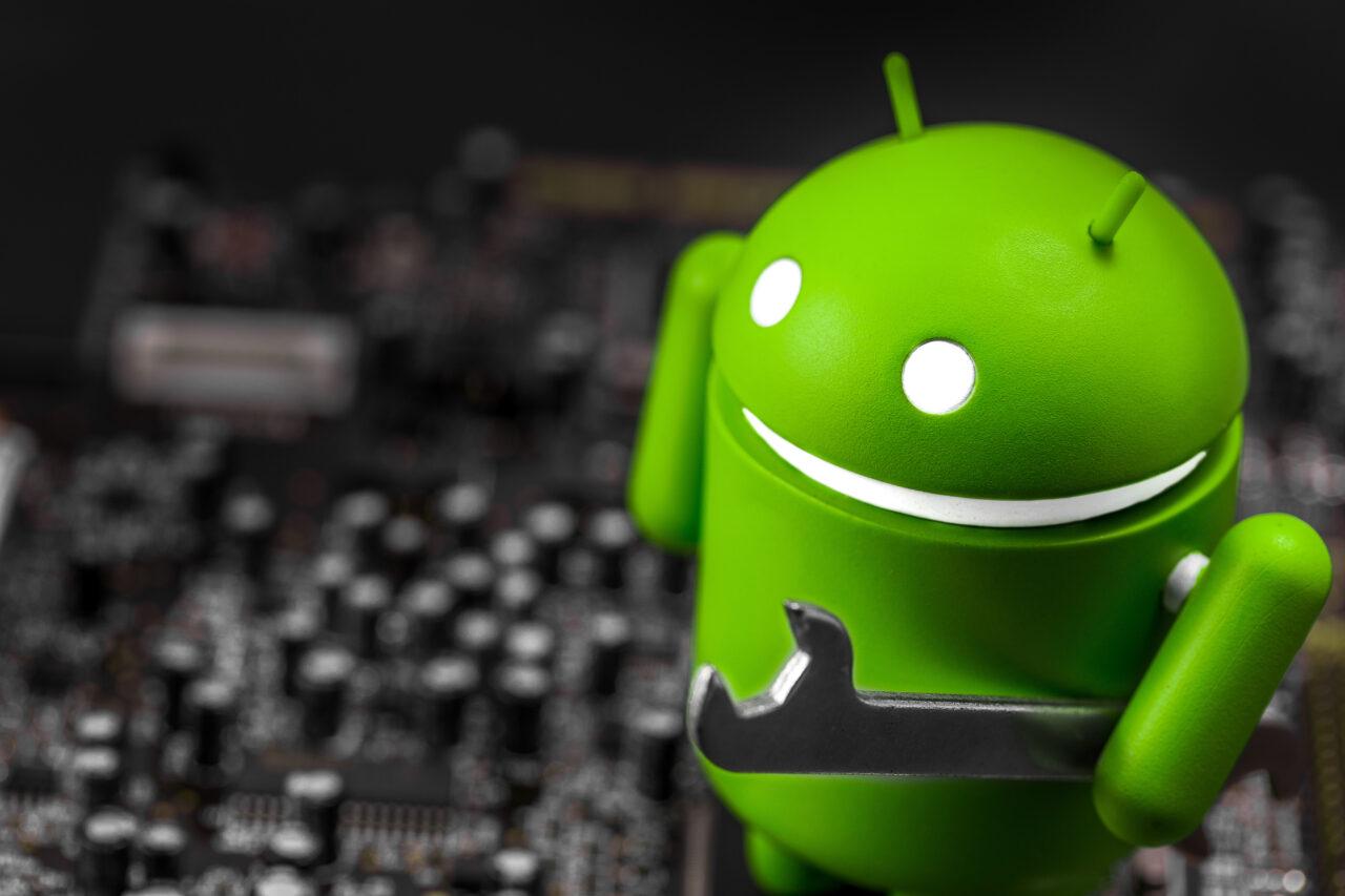 https://www.fandroid.com.pl/wp-content/uploads/android-kody-kreskowe-1280x853.jpeg