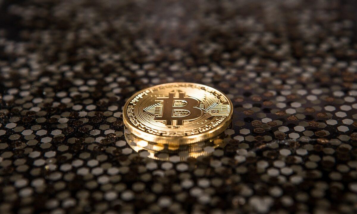 https://www.fandroid.com.pl/wp-content/uploads/bitcoin-2-1200x720.jpg