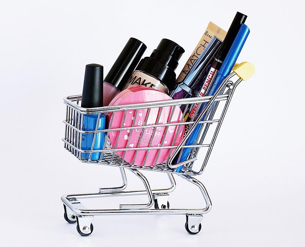 https://www.fandroid.com.pl/wp-content/uploads/karta-produktu-w-sklepie-internetowym.jpg