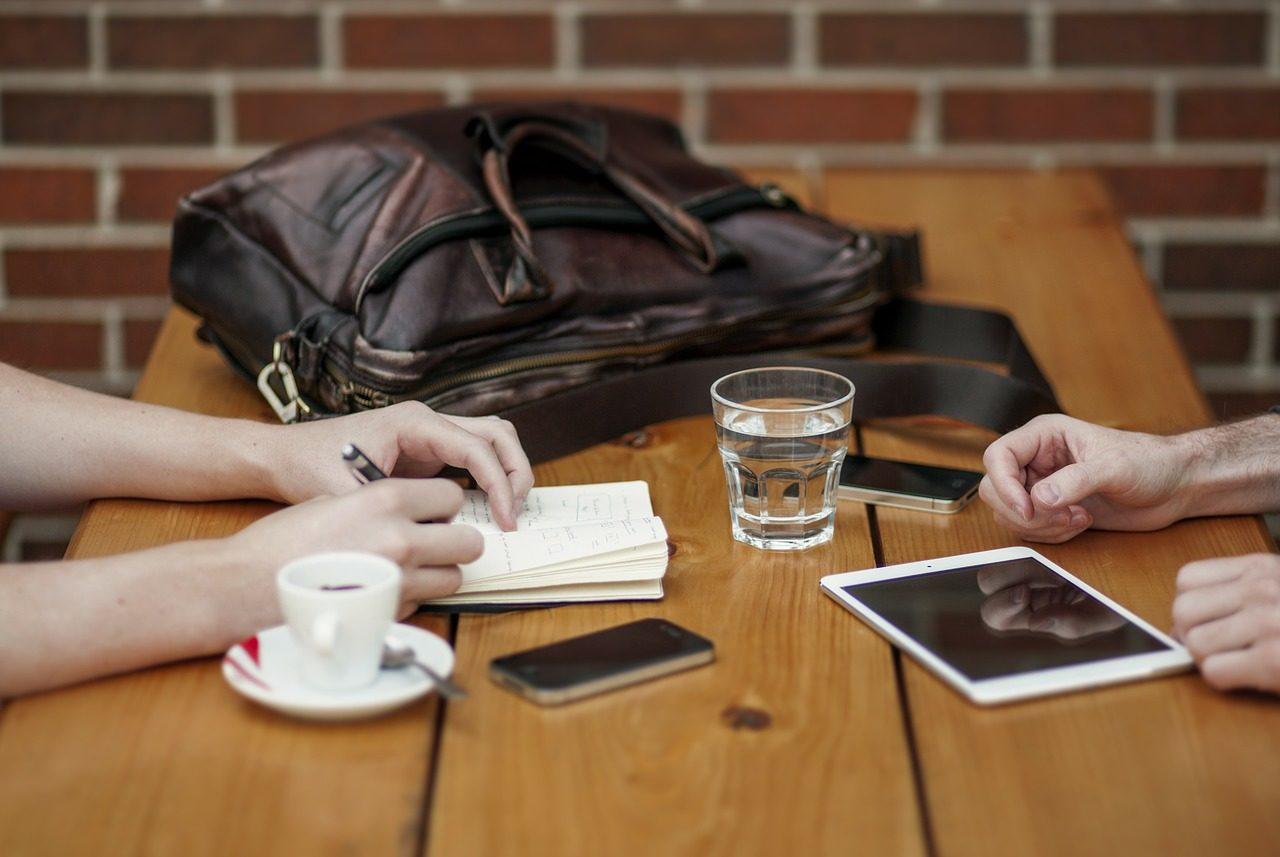 Urządzenia mobilne w pracy - laptop, tablet czy smartfon?
