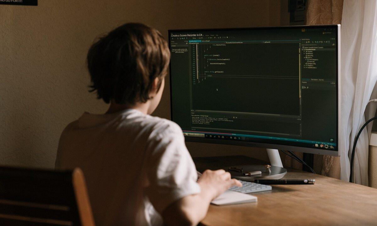 https://www.fandroid.com.pl/wp-content/uploads/programowanie-dla-dzieci-1200x720.jpg
