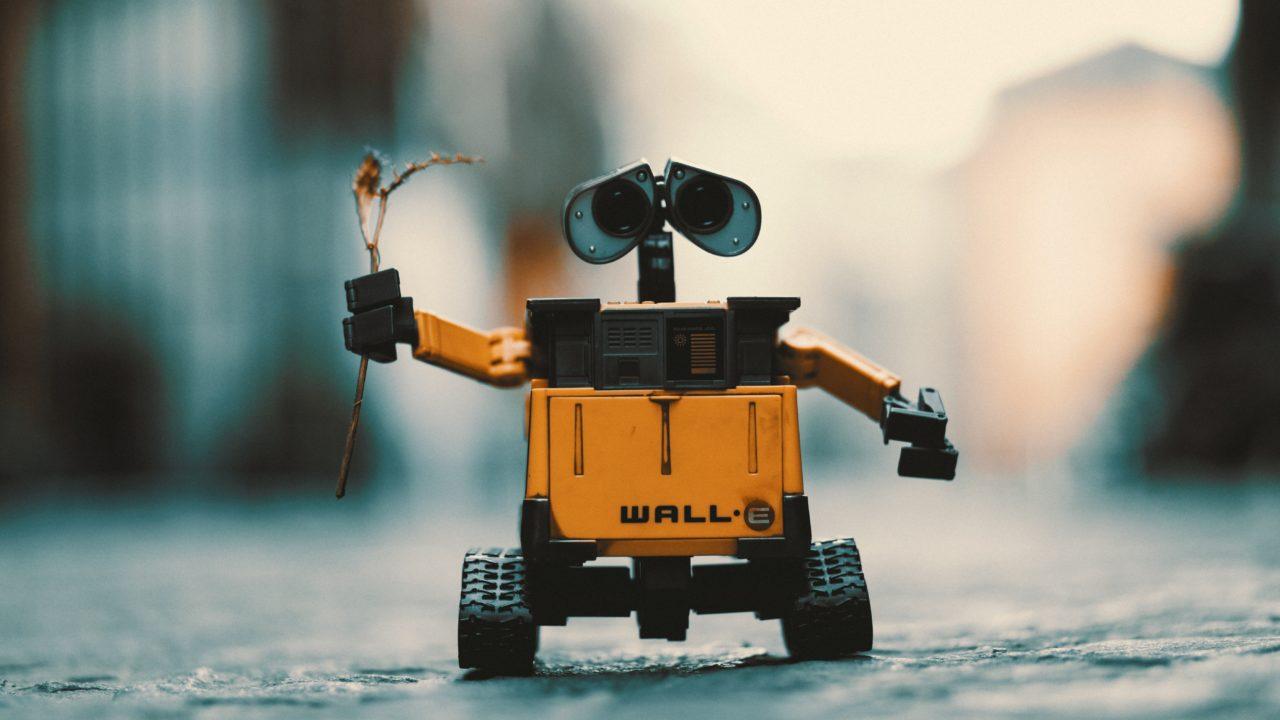 https://www.fandroid.com.pl/wp-content/uploads/robot-1280x720.jpg